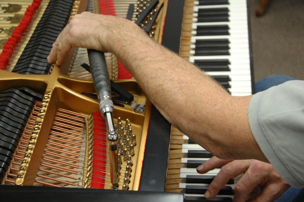 piano-tuning-&-repair